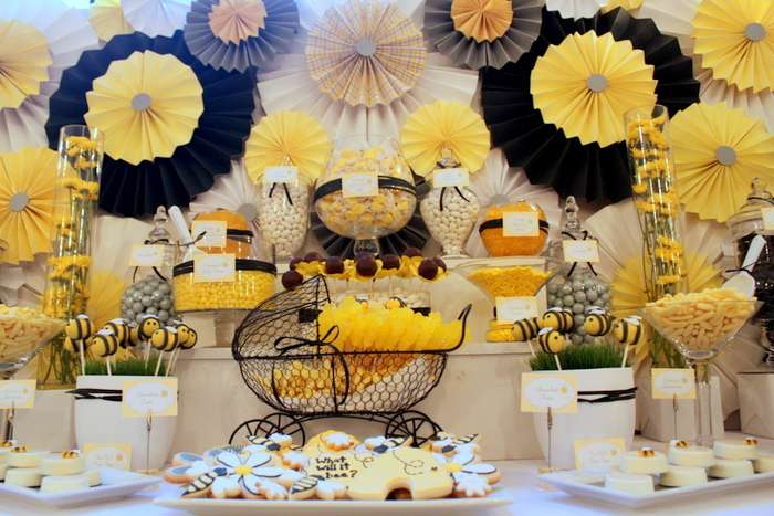 Bee Baby Shower Decorations That Are Unique and Useful